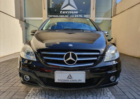 MERCEDES-BENZ B 180 1.7 Family Plus 8V 2010/2011
